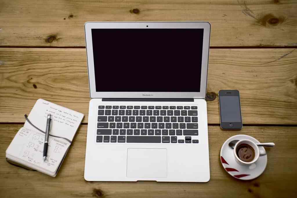 Maximising Productivity by Setting Up a Professional Home Office