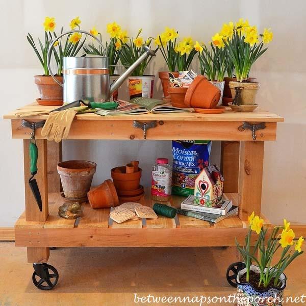 Potting Table On Wheels