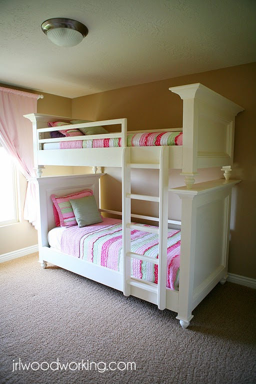 fc4f08cff480 31 DIY Bunk Bed Plans & Ideas that Will Save a Lot of Bedroom Space