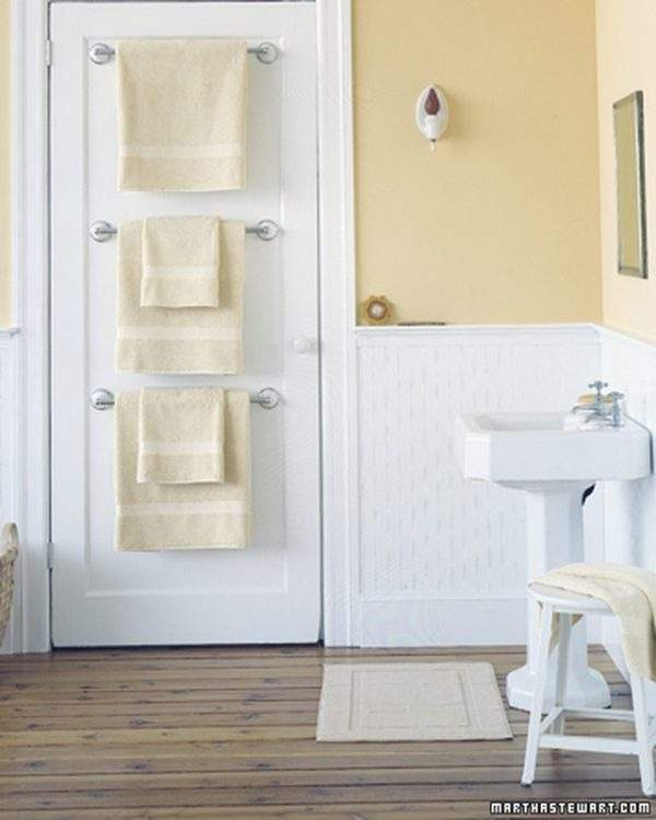 bathroom-ideas-door-towel-rack1