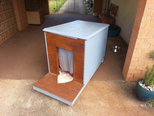36 free diy dog house plans ideas for your furry friend for Diy cottage plans