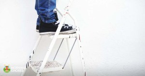 7 Best Ladder Reviews: Strong and Sturdy Ladders for In- and Outdoors