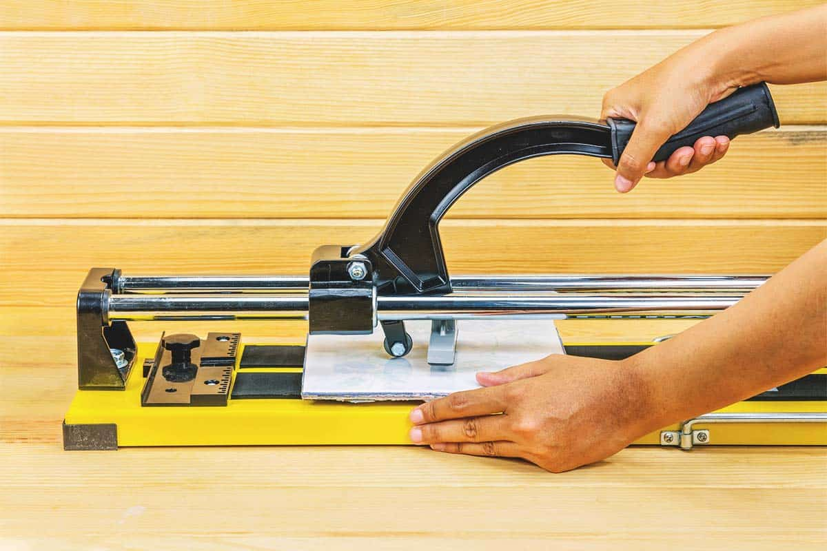 8 best tile cutters for your home projects