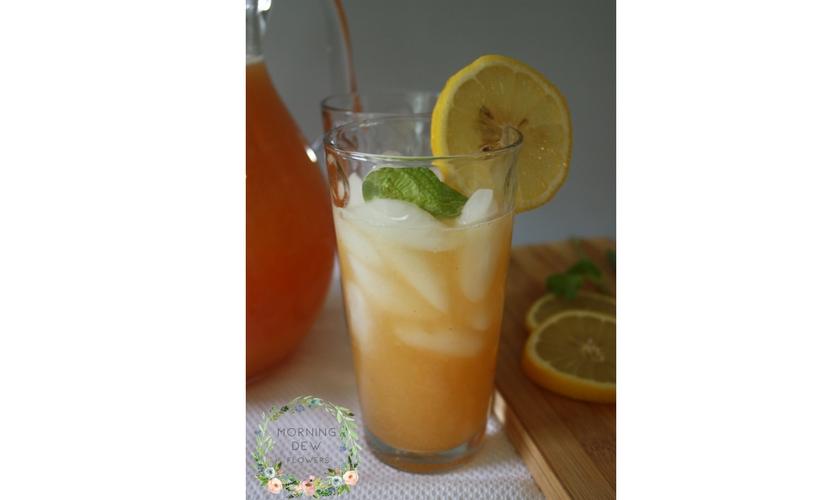 How to make fresh peach lemonade sugar lemons peaches mint water