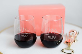 Mr and Mrs customizable stemless wine glasses