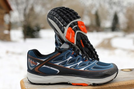 topo athletic morning runner