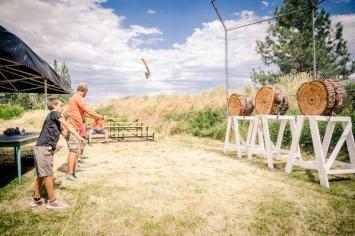 Hatchet throwing