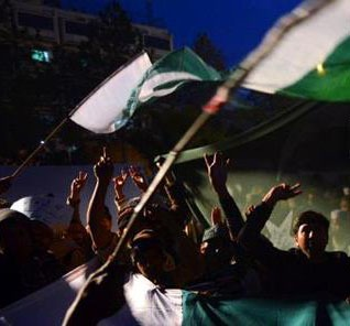 https://i1.wp.com/morningstarnews.org/wp-content/uploads/2013/05/Demonstration-amid-Pakistani-elections-which-can-harbor-religious-conflict.jpg