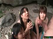すく水美少女がチンポに興味心身でフェラチオする無臭生動画