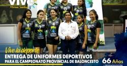 Entrega de uniformes de Baloncesto