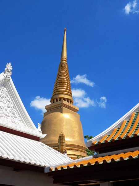 Temples and statues around the world