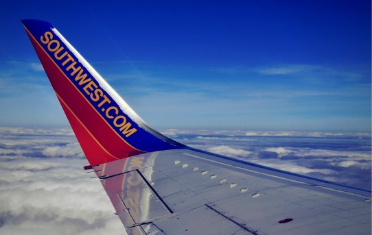 Top-Frequent-Flier-Awards-For-2018