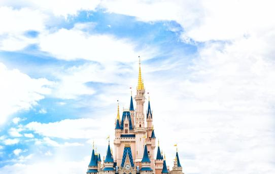 Worlds-10-Most-Instagrammed-Travel-Destinations-Disney-World