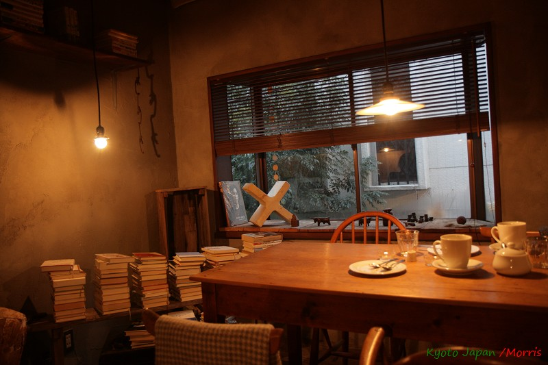 ELEPHANT FACTORY CAFE (03)