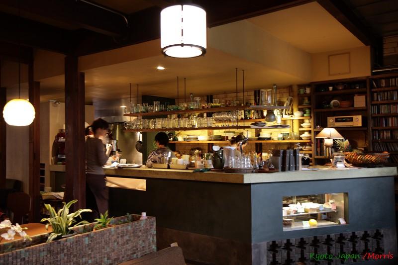 Cafe Bibliotic Hello! (12)