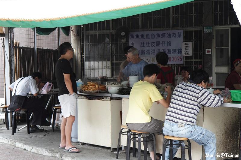 新興路三宮大帝廟無名虱目魚湯 (11)