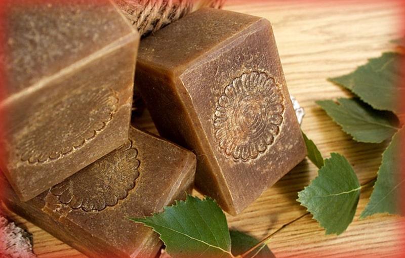 Το σαπούνι Degtyar είναι ένα φυσικό εργαλείο που βοηθά στην επίλυση των προβλημάτων του δέρματος. Η σωστή διαδικασία εγγυάται ένα θετικό αποτέλεσμα.