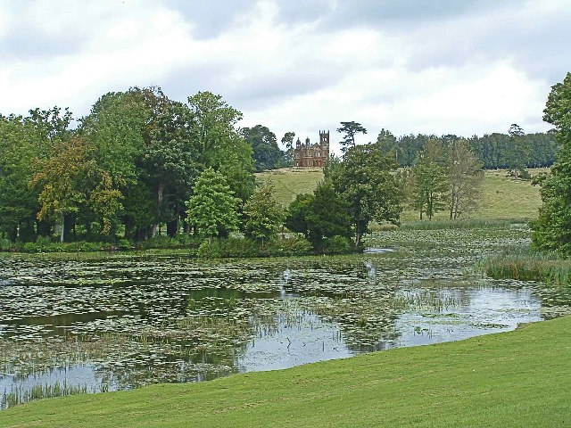 Lake_at_Stowe_Landscape_Garden_with_Temple_in_distance_-_geograph.org.uk_-_77696