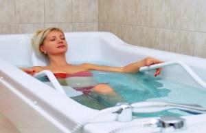 Минеральные ванны — один из методов лечения больных на курорте Моршин