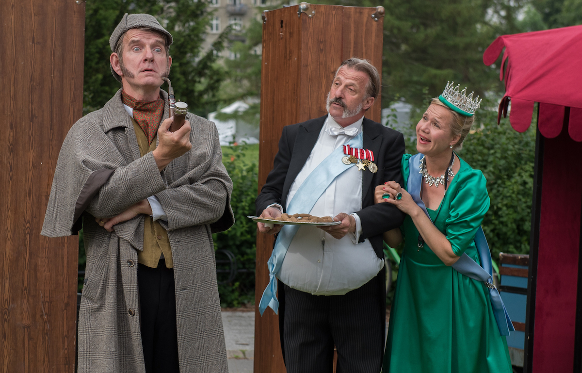 ANMELDELSE: Sherlock Holmes og dronningens kronjuveler, Dansk Rakkerpak