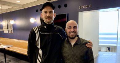 Scenograf David Gehrt og instruktør Sargun Oshana