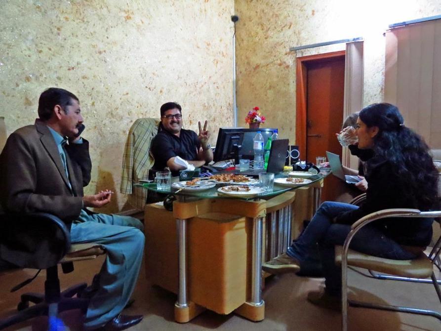 Abendessen mit Babar und einer lokalen Mafiagröße