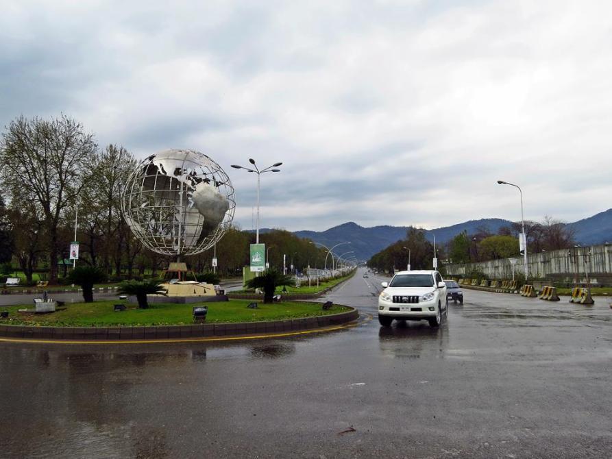 gerade Linien, rechte Winkel - die Straßen in Islamabad