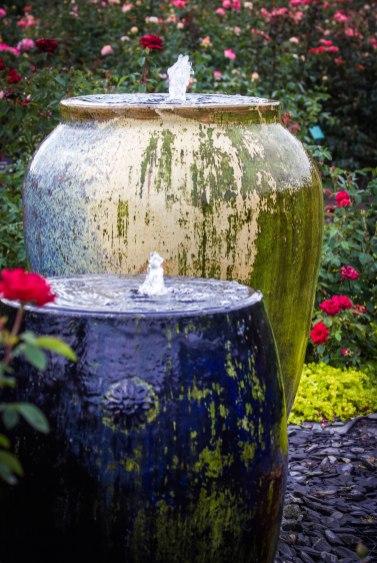 Mira Vujovic ~Vases & Water