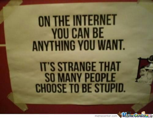 pe internet poti fi cine vrei