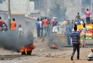 manifestations-reprimees-avec-violence-en-guinee
