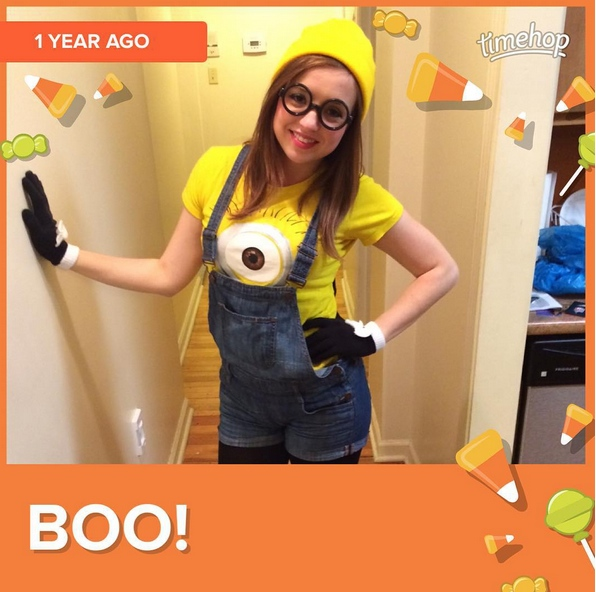 Lady minion halloween costume