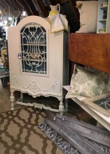 white farmhouse hutch with glass