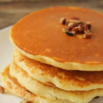 Healthy Banana Nut Pancakes
