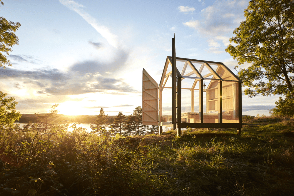 Glass houses, stress, and creativity