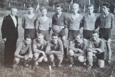 Rok 1963. Z trenerem Musielakiem.