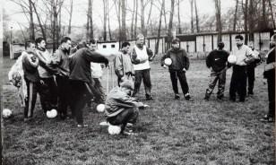 1999. Trening na boisku przy ul. Sikorskiego.