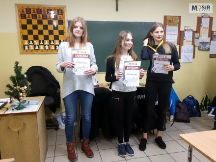 szachy_sp_starsza_19_06