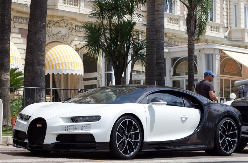 , Luxury Car Brands Promote Concours d'Elegance To Attract Buyers