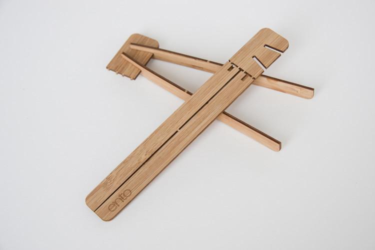 1681804-slide-ento-entobox-tweezers