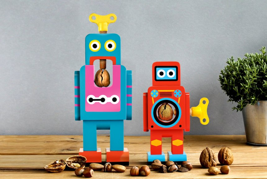 23841_robotnutcracker-life-001
