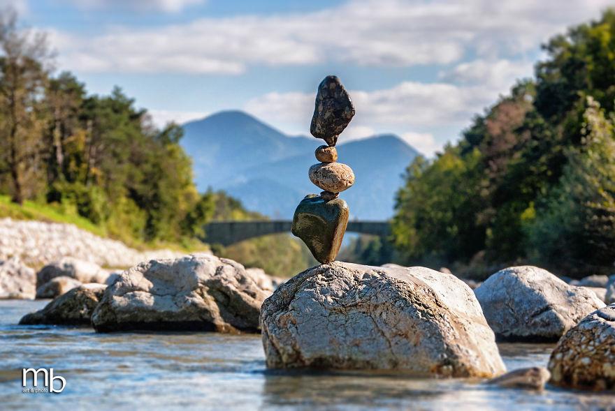 balancing stones // moss&fog