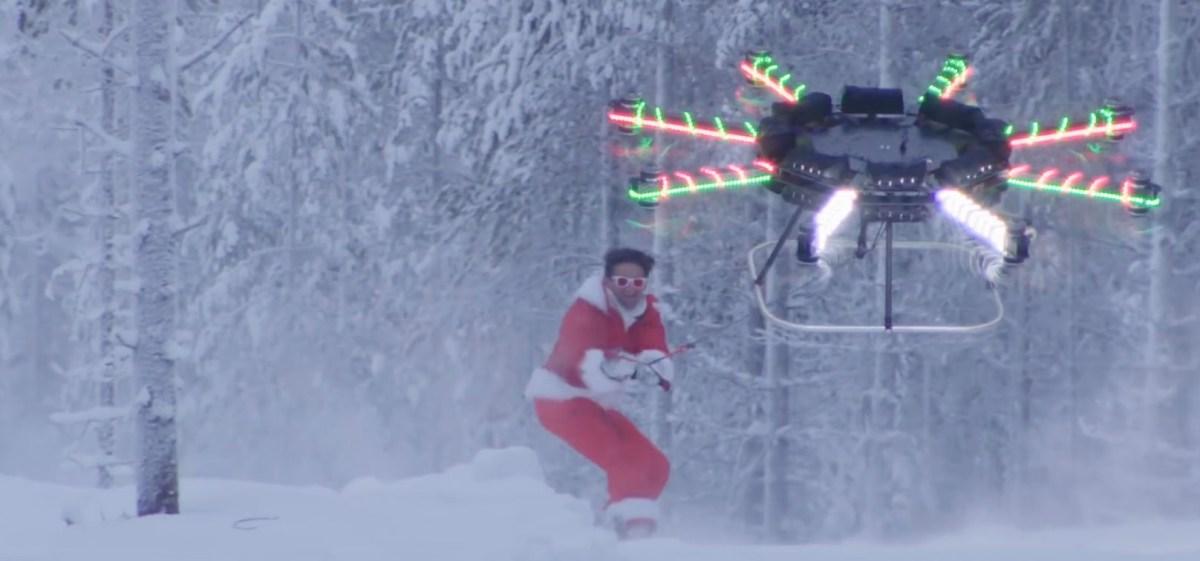 drone-christmas-1