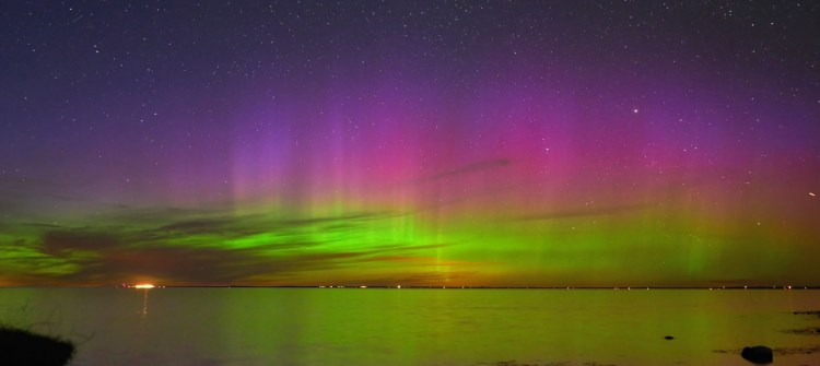 aurora-moss-and-fog-3