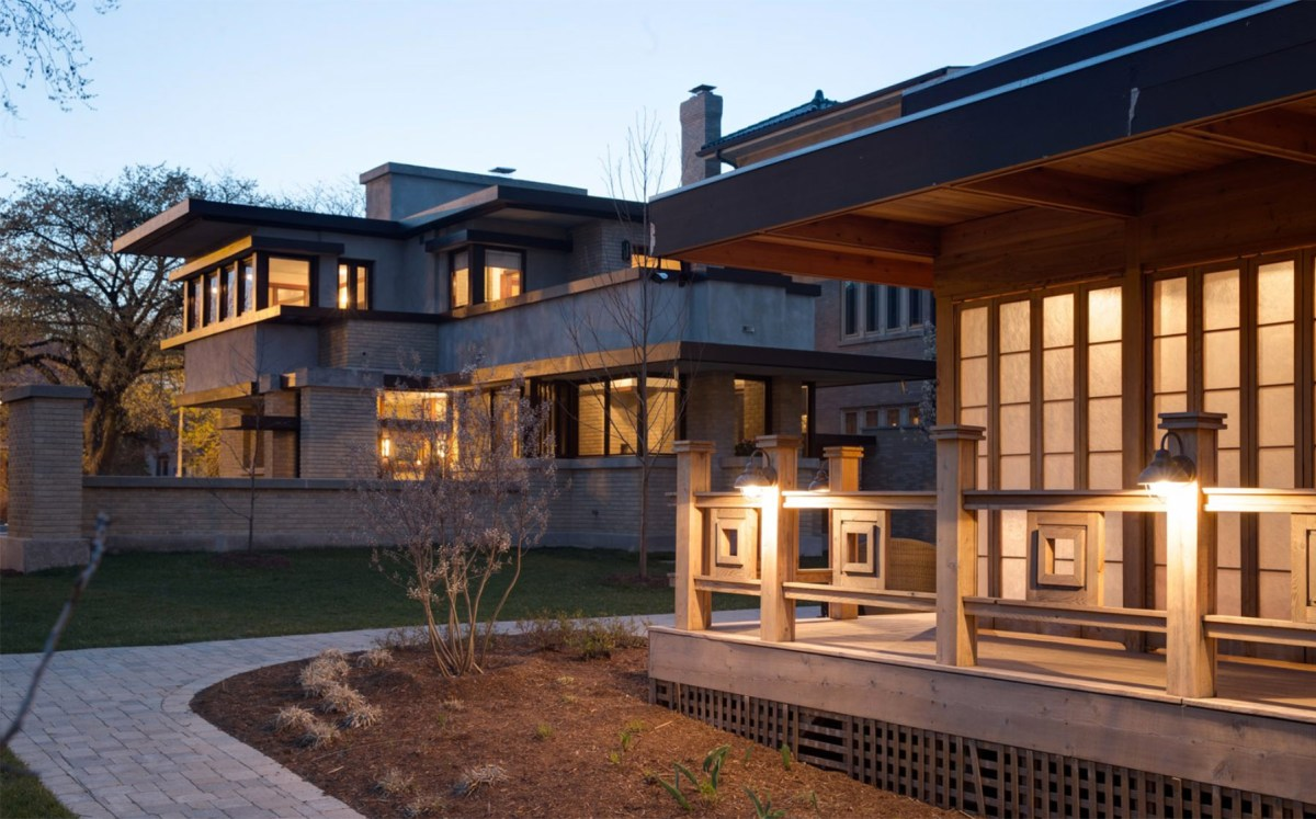Frank Lloyd Wright Home Moss and Fog 9