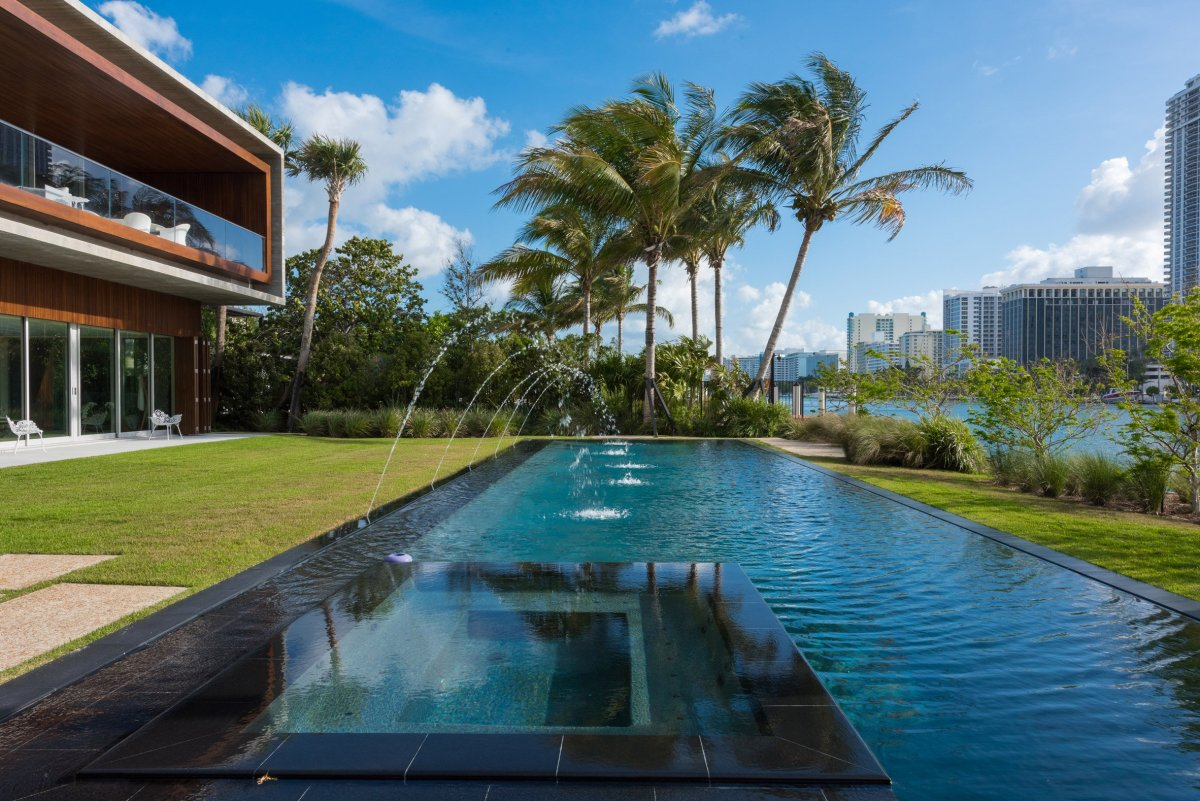 home-swimmable-lagoon-studio-mk-27-architecture-residential-miami-moss-and-fog3