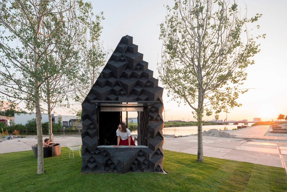 3d-printed-home-amsterdam-moss-and-fog-10