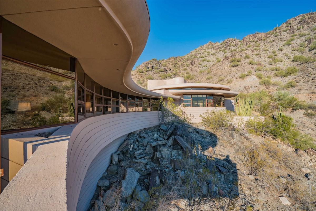 palm-canyon-house-2