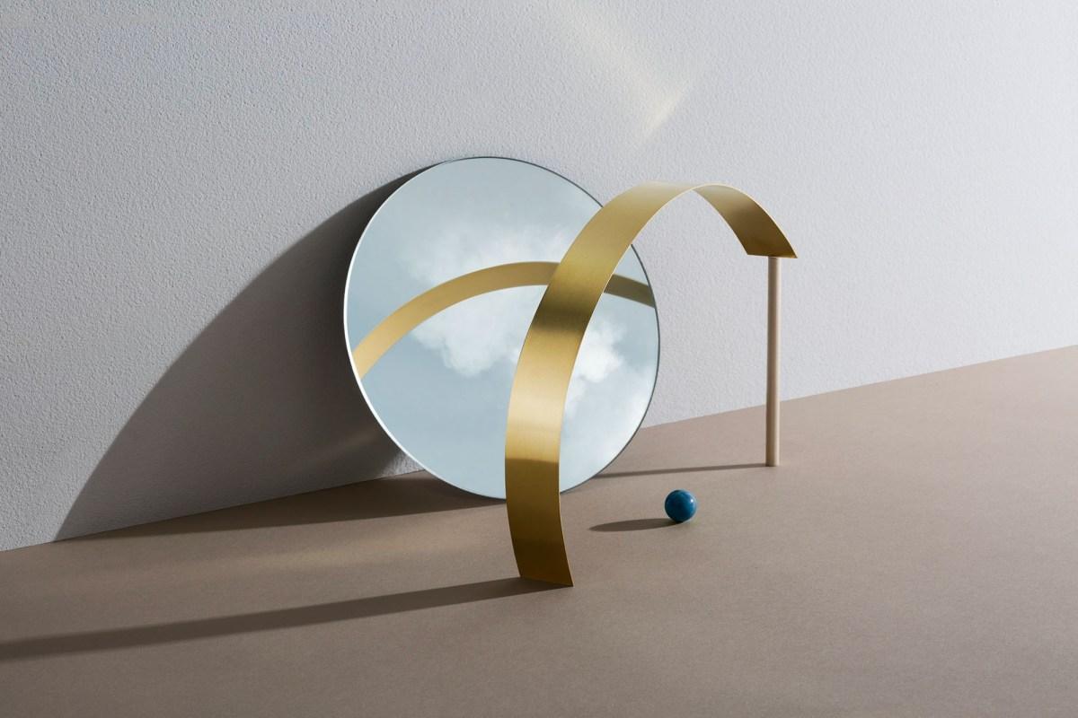 geometric reflections // moss and fog