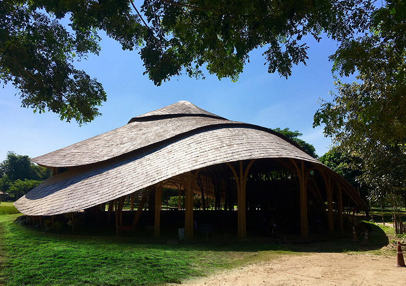 chiangmai-life-architects-bamboo-sports-hall-panyaden-international-school-thailand-designboom-07