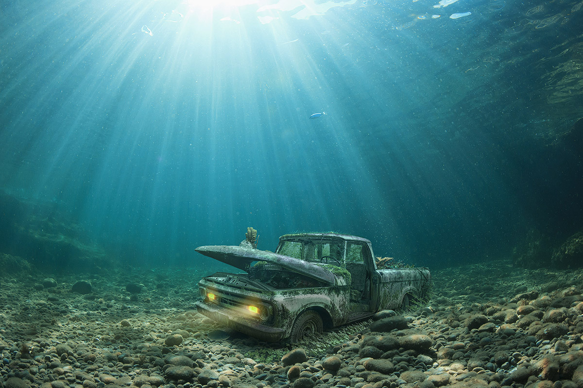 underwater-cars-moss-and-fog-2